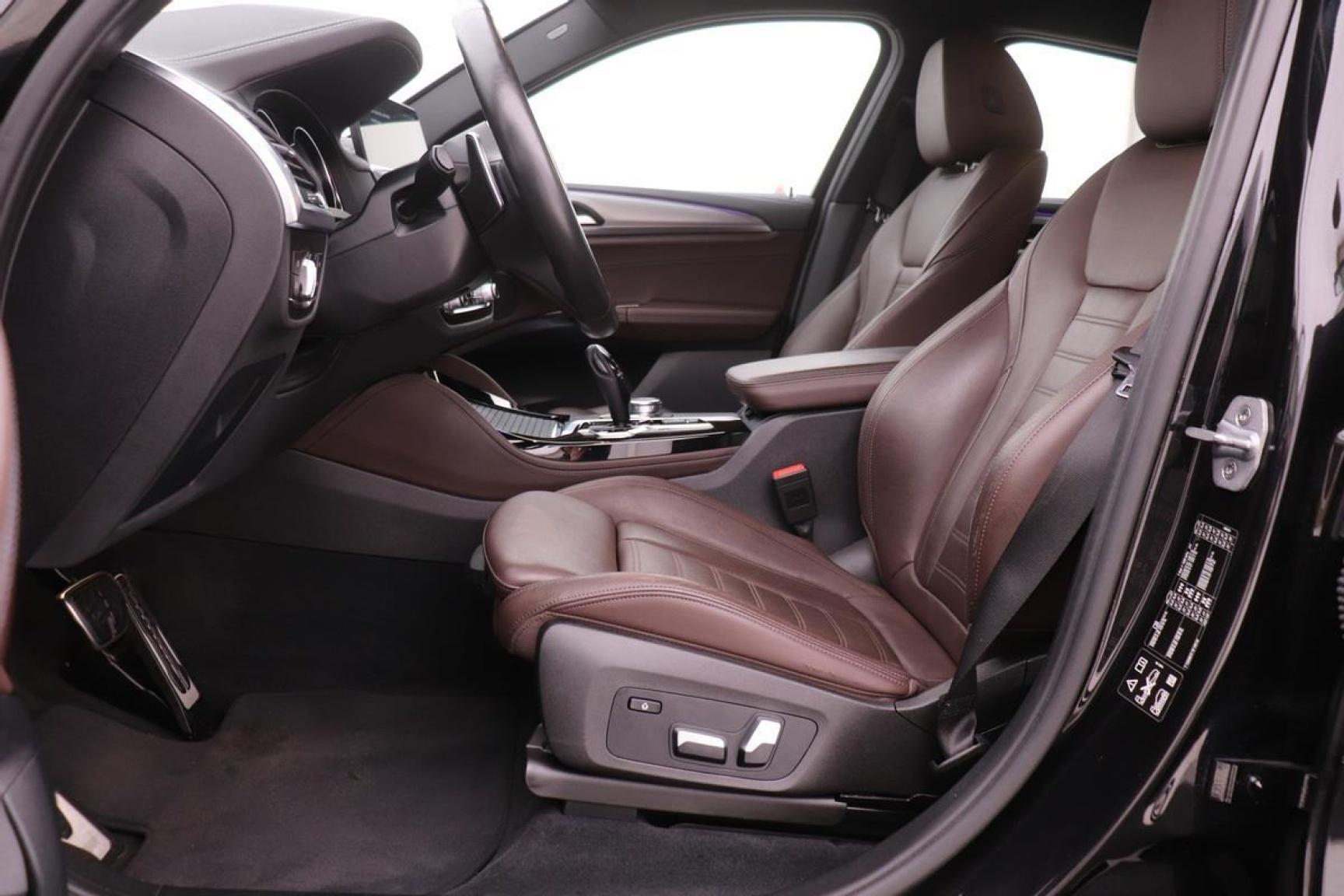 BMW-X4-26