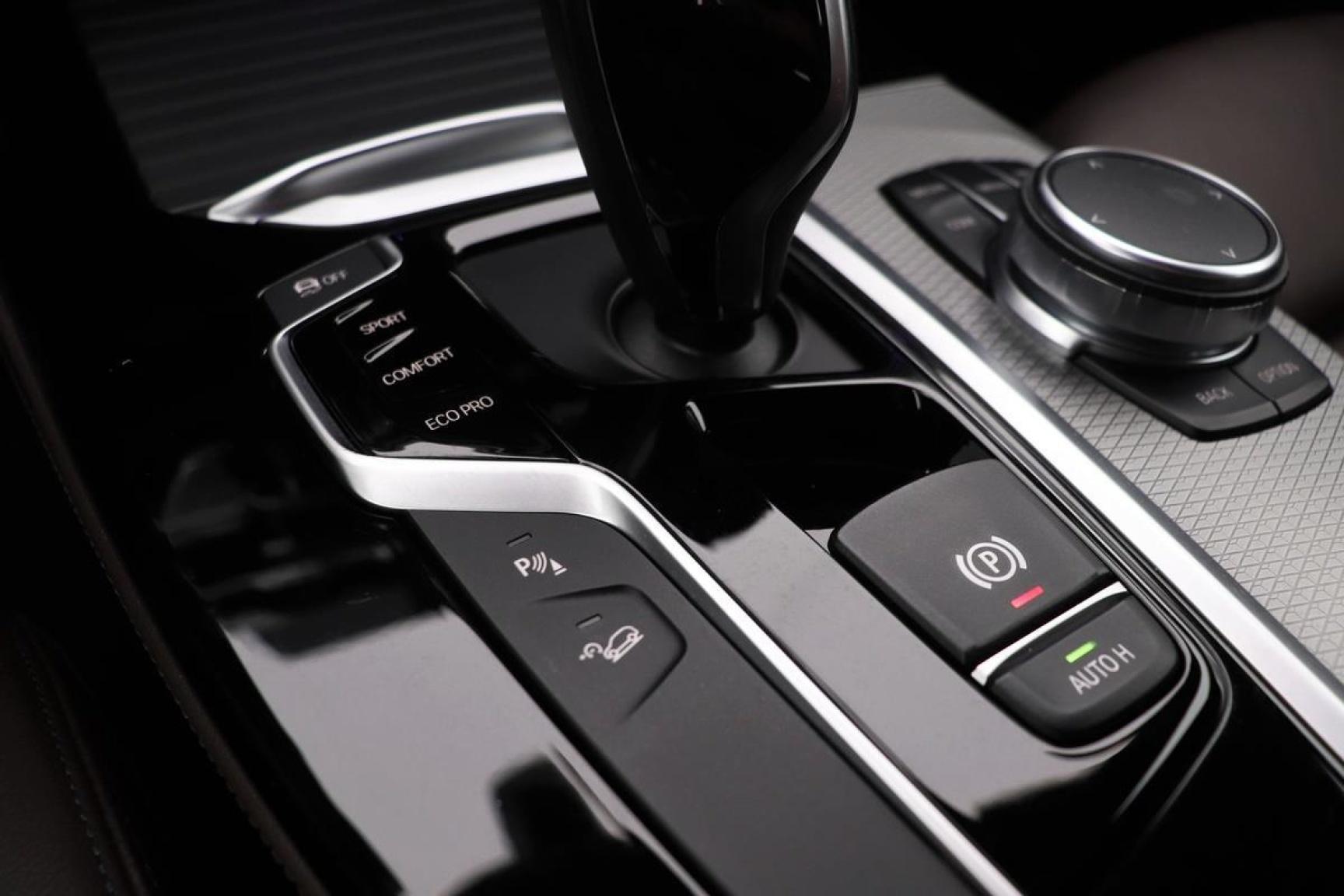 BMW-X4-8