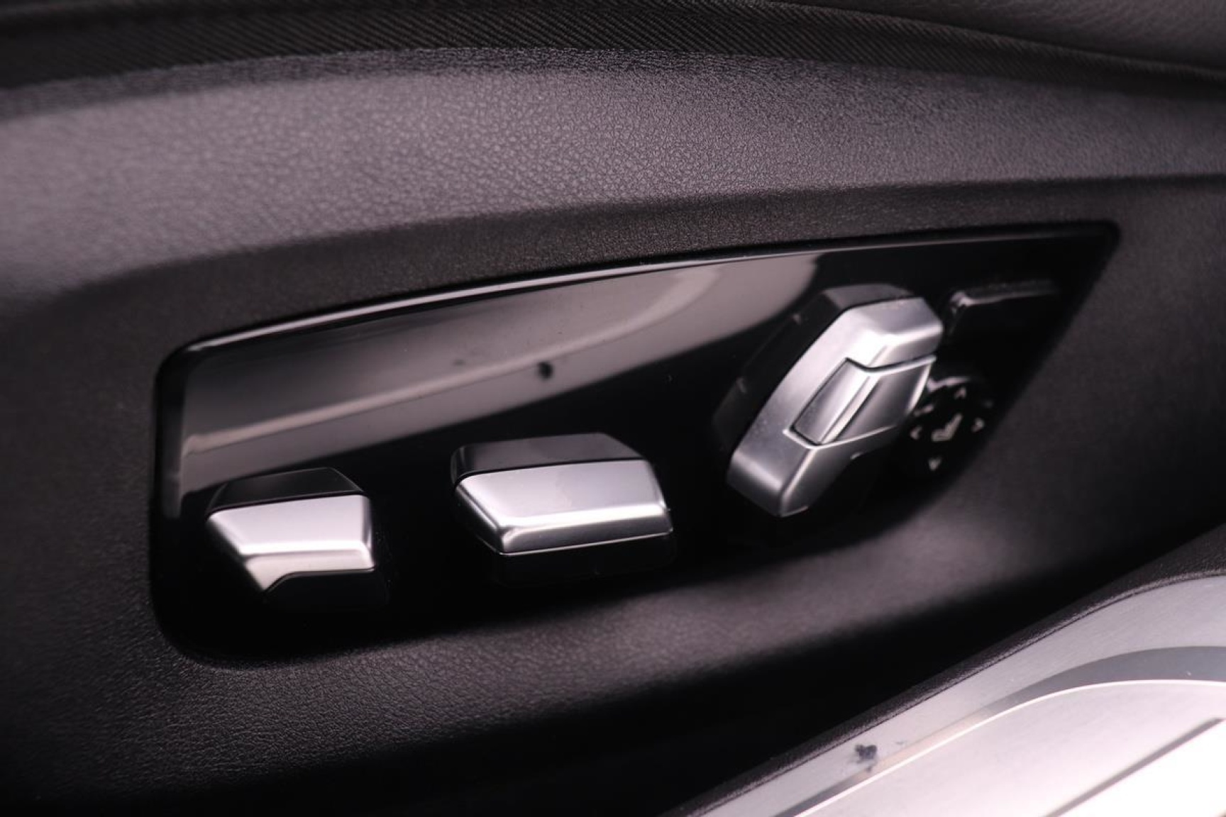 BMW-7 Serie-28