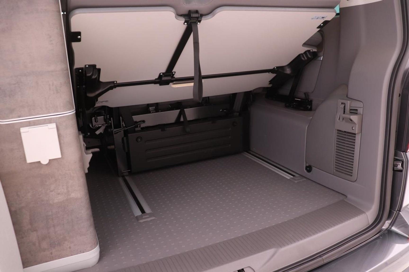 Volkswagen-Camper-34