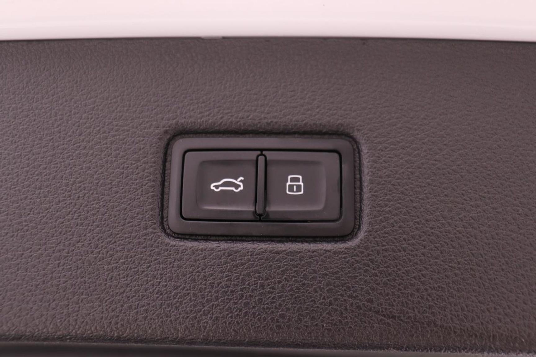 Audi-Q7-40
