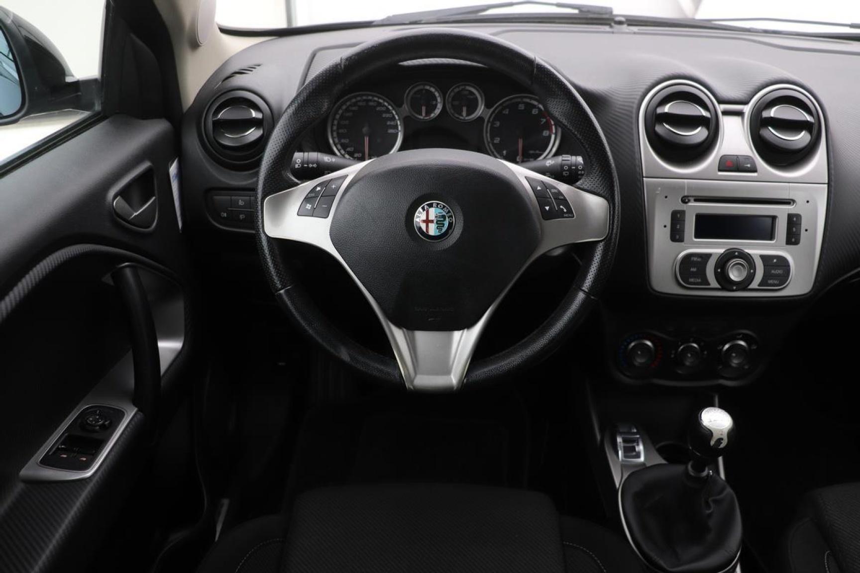 Alfa Romeo-MiTo-2
