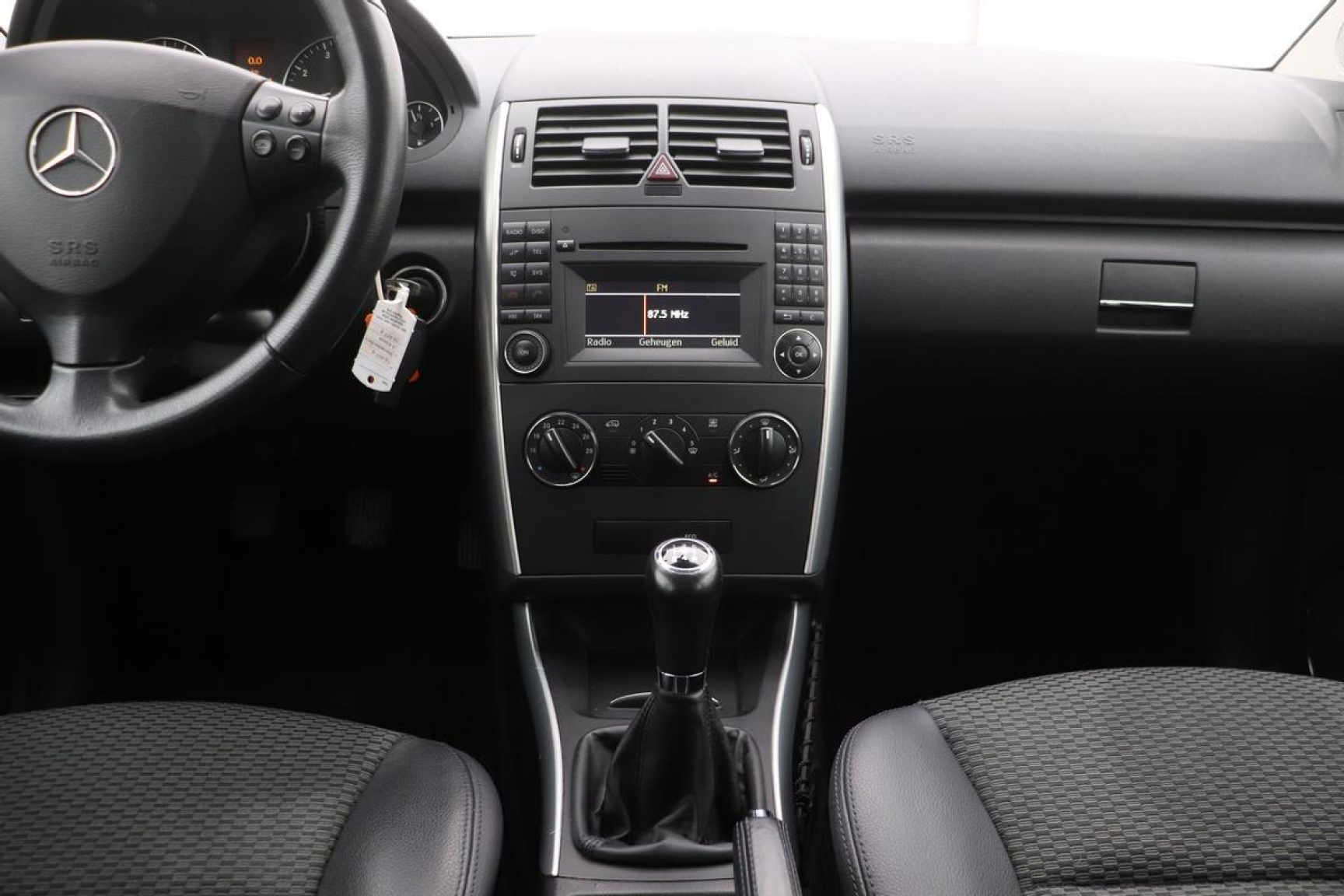 Mercedes-Benz-A-Klasse-5