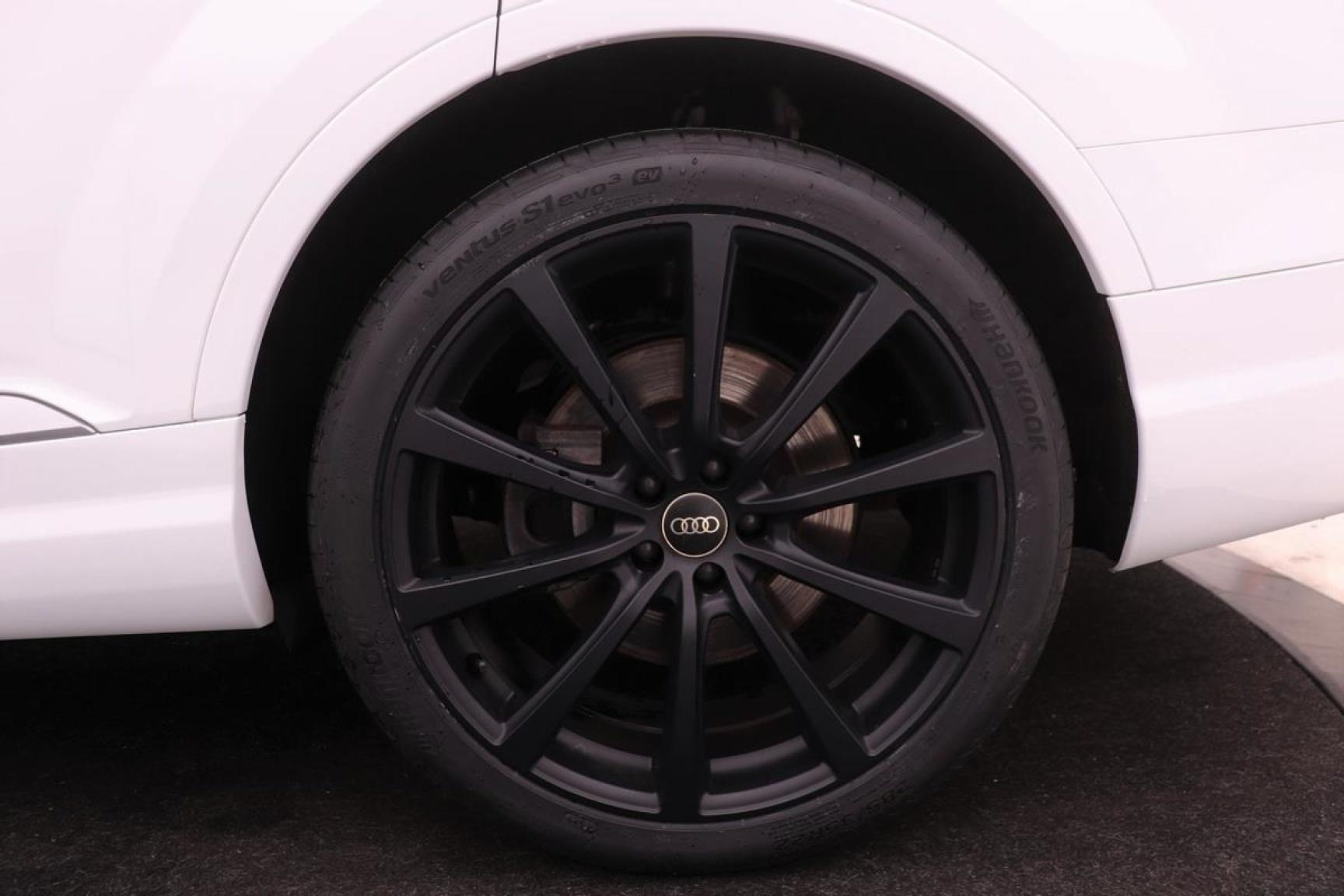 Audi-Q7-41