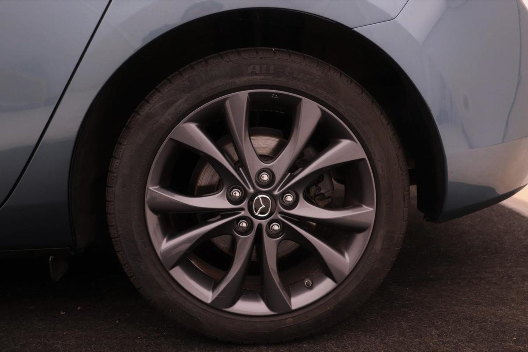 Mazda-3-22