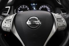 Nissan-QASHQAI-11