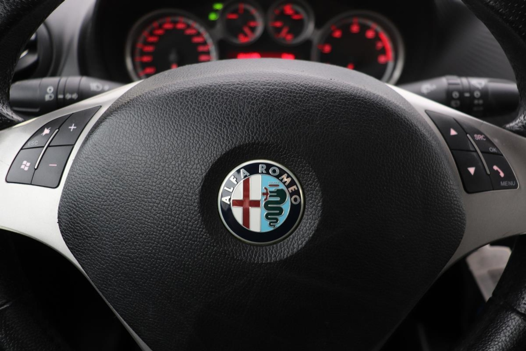 Alfa Romeo-MiTo-10
