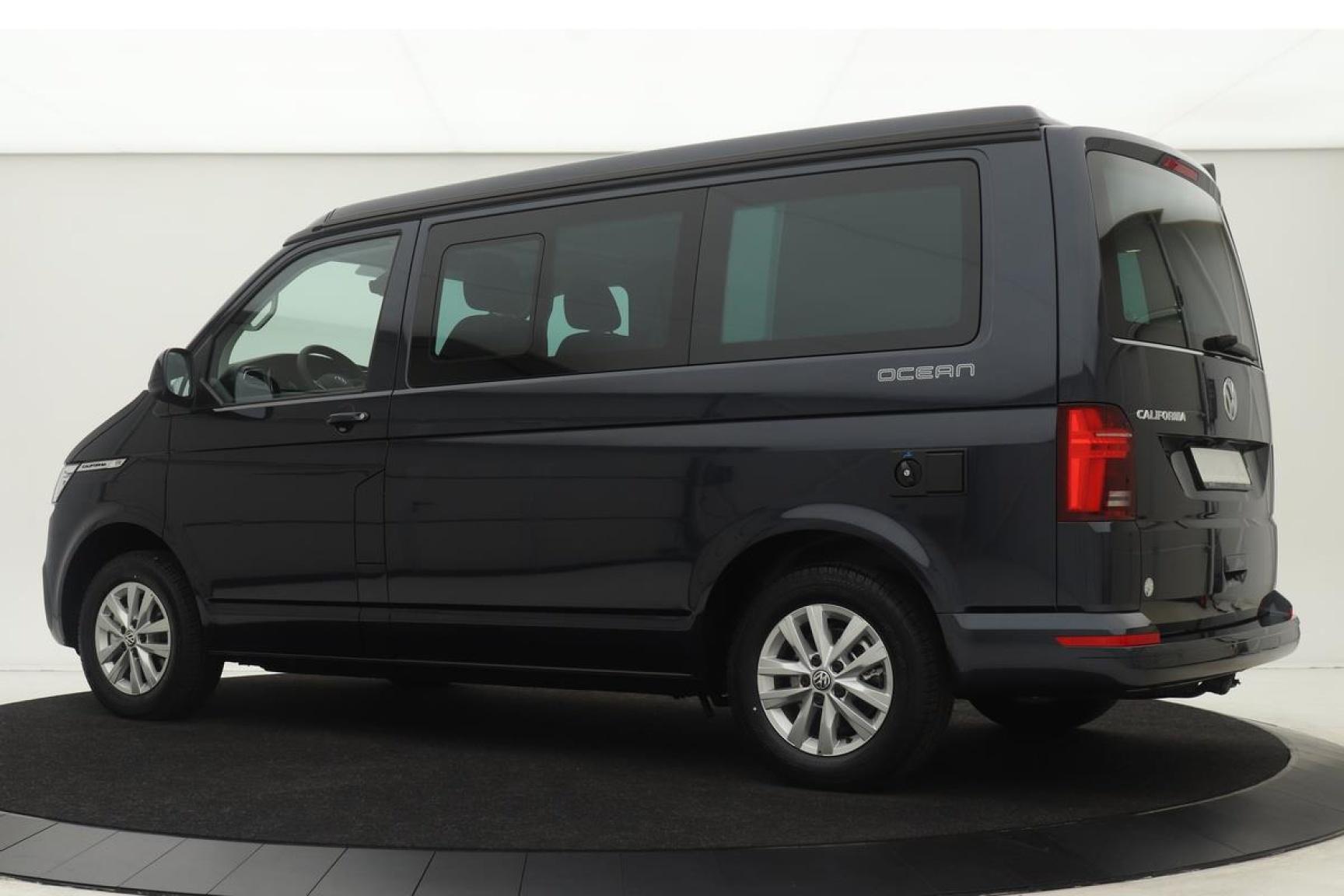 Volkswagen-Camper-1