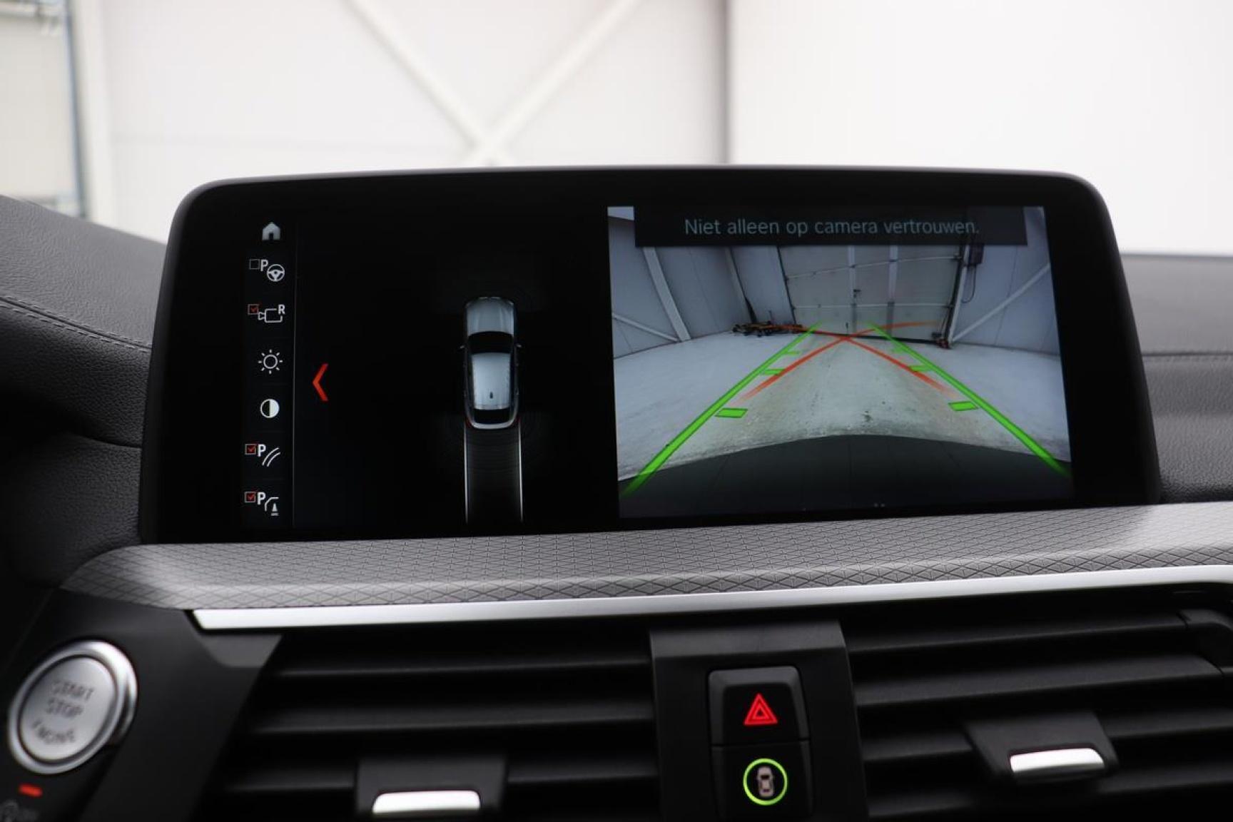 BMW-X4-18