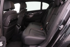BMW-7 Serie-33