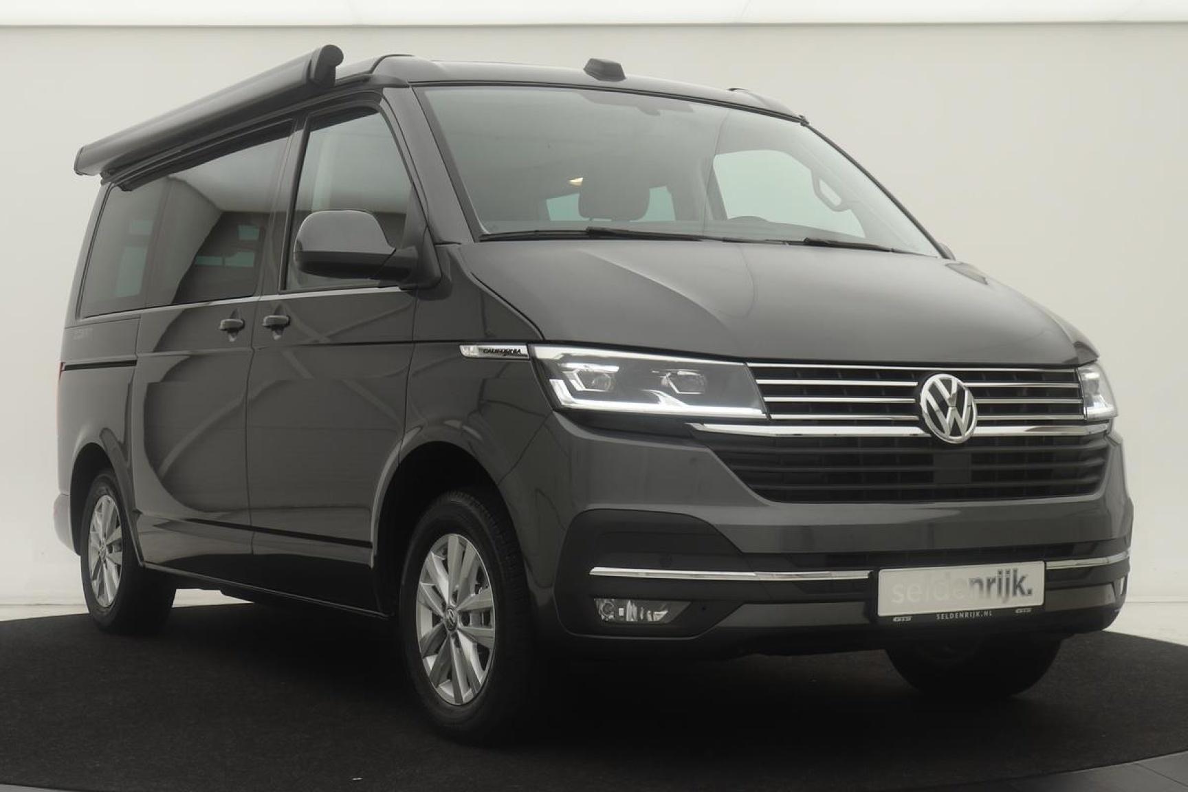Volkswagen-Camper-45