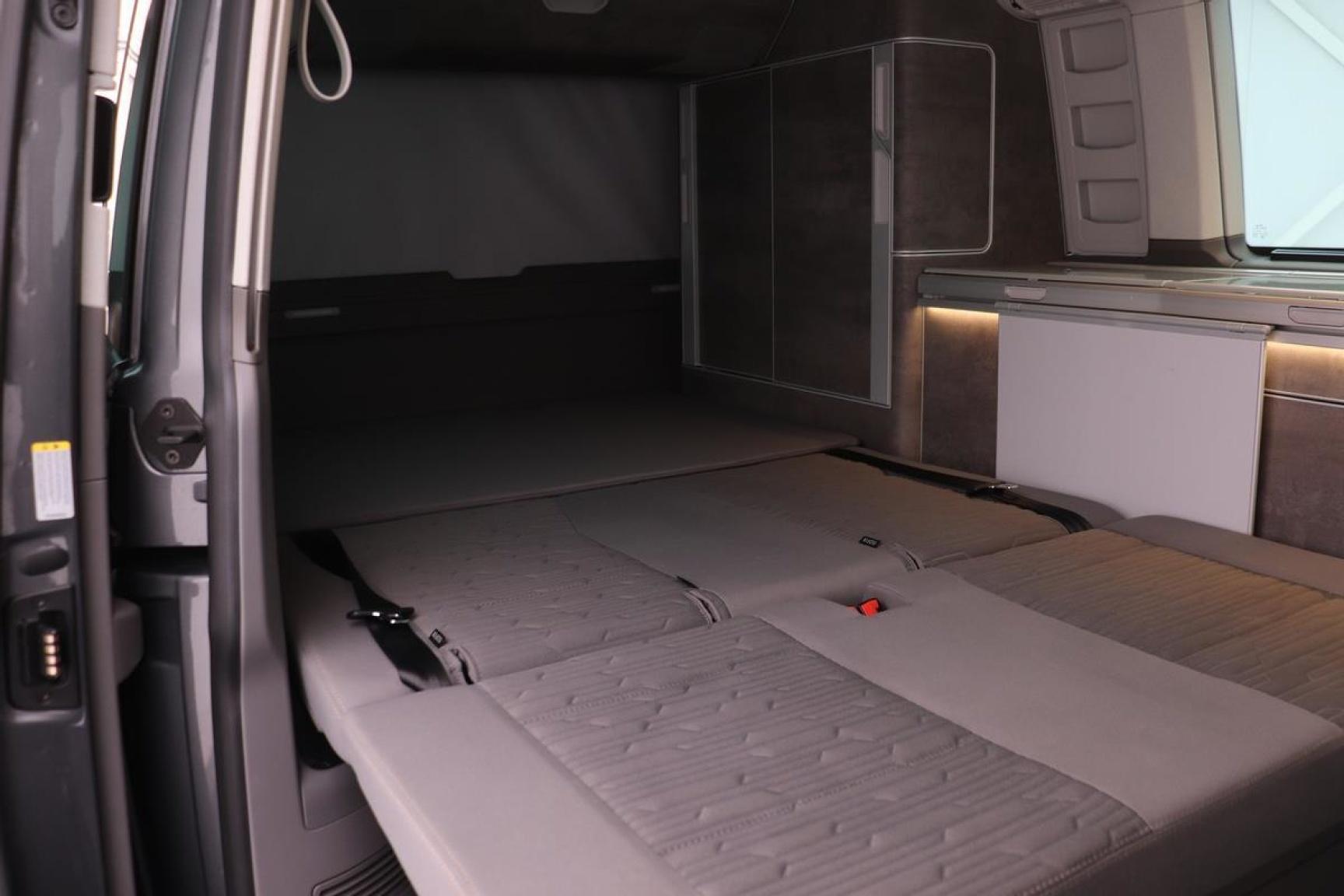 Volkswagen-Camper-29