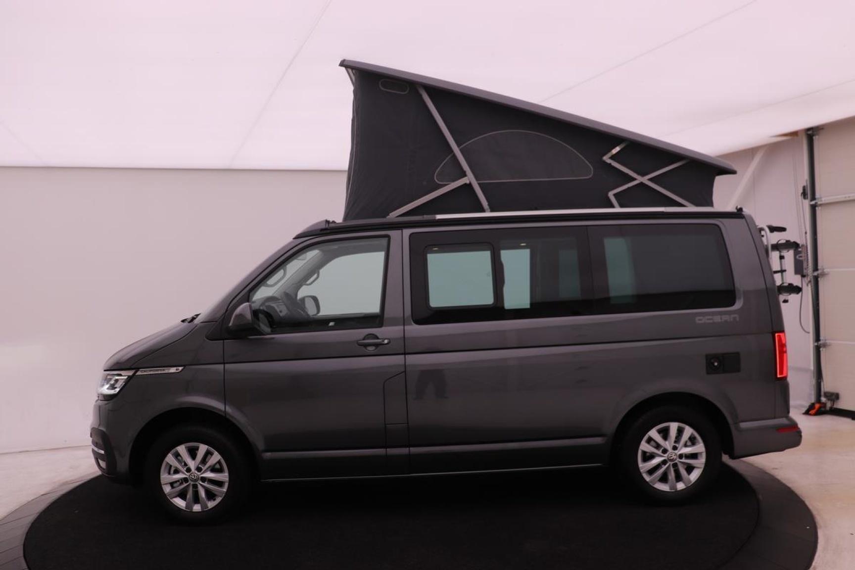 Volkswagen-Camper-38
