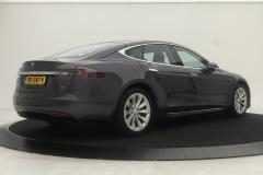 Tesla-Model S-27