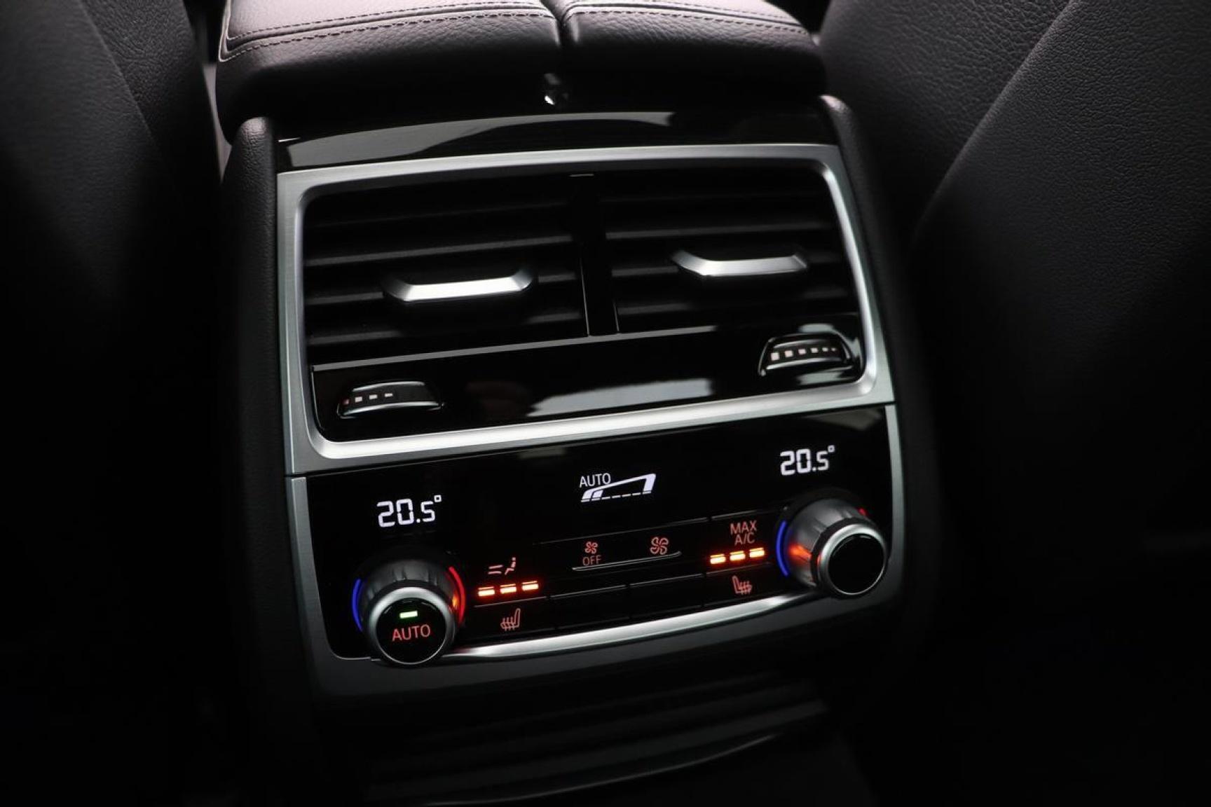 BMW-7 Serie-32