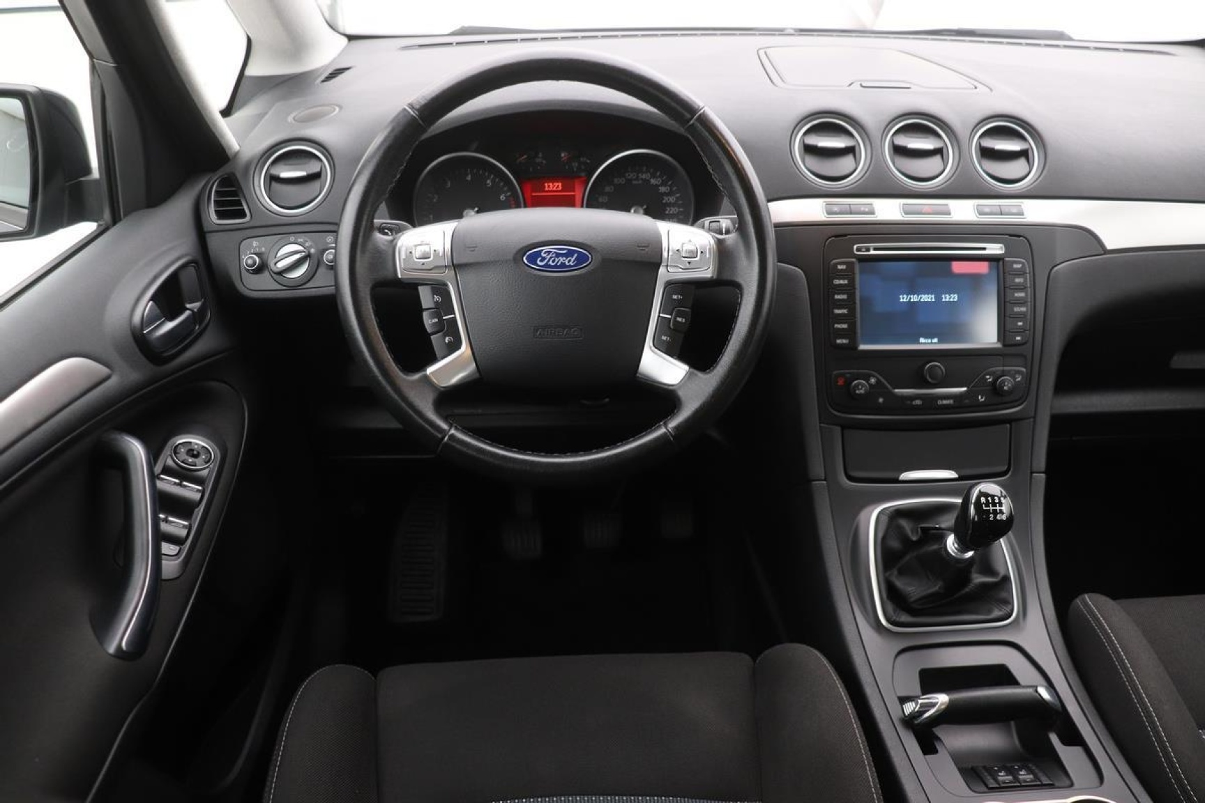 Ford-S-Max-3
