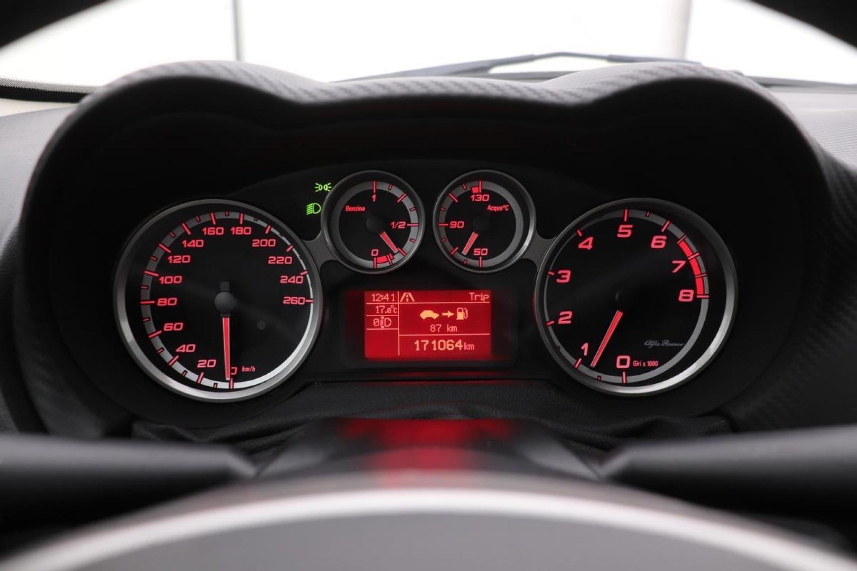 Alfa Romeo-MiTo-3